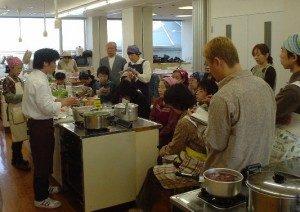 地方での料理教室の風景